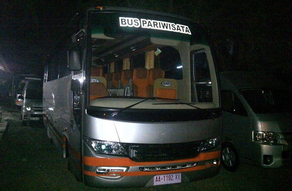 BUS PARIWISATA - PO DHIAN DIPO